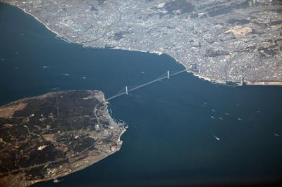 明石海峡大橋(あかしかいきょうおおはし)の意味 - goo国語辞書